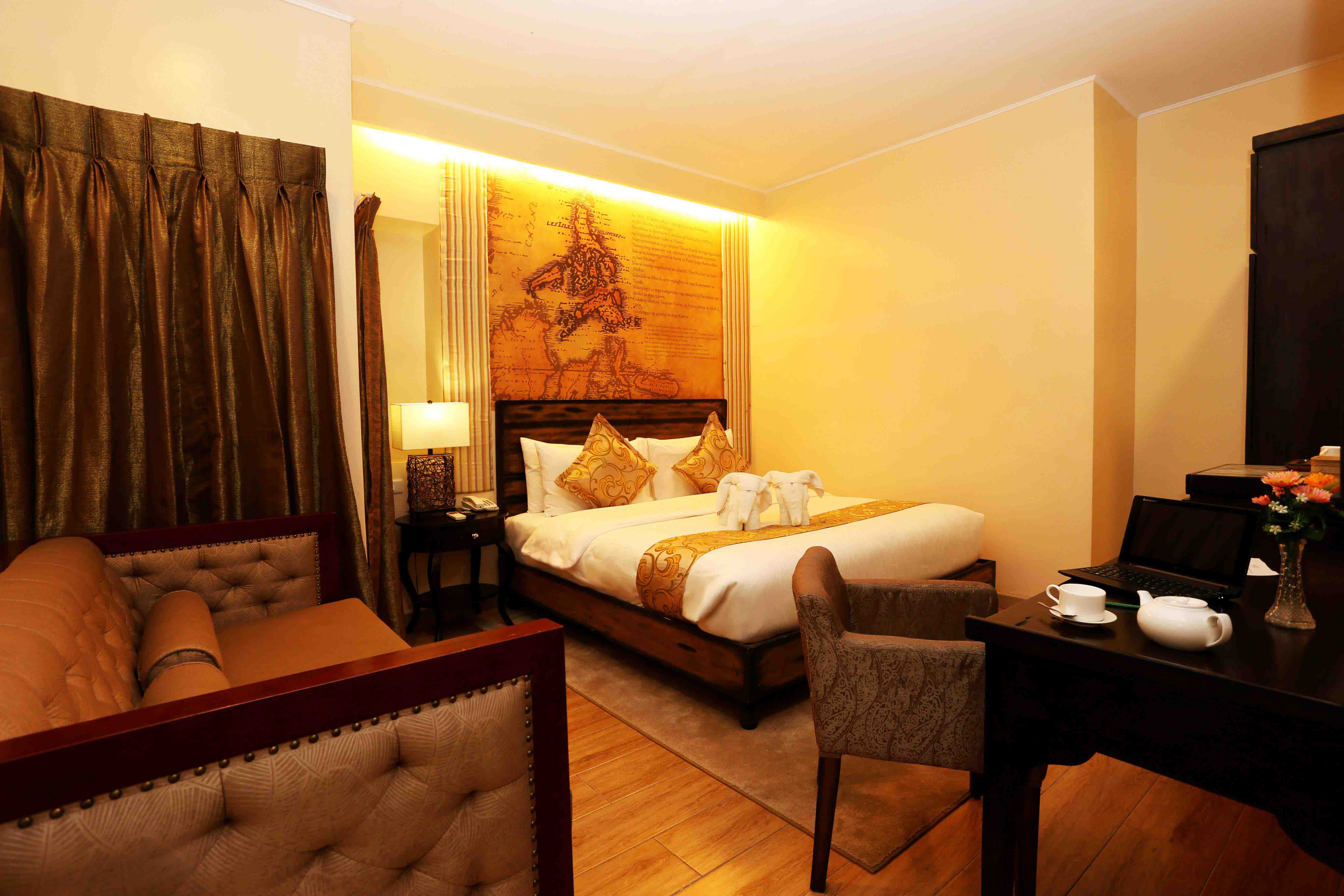 Standard-Suite-Room