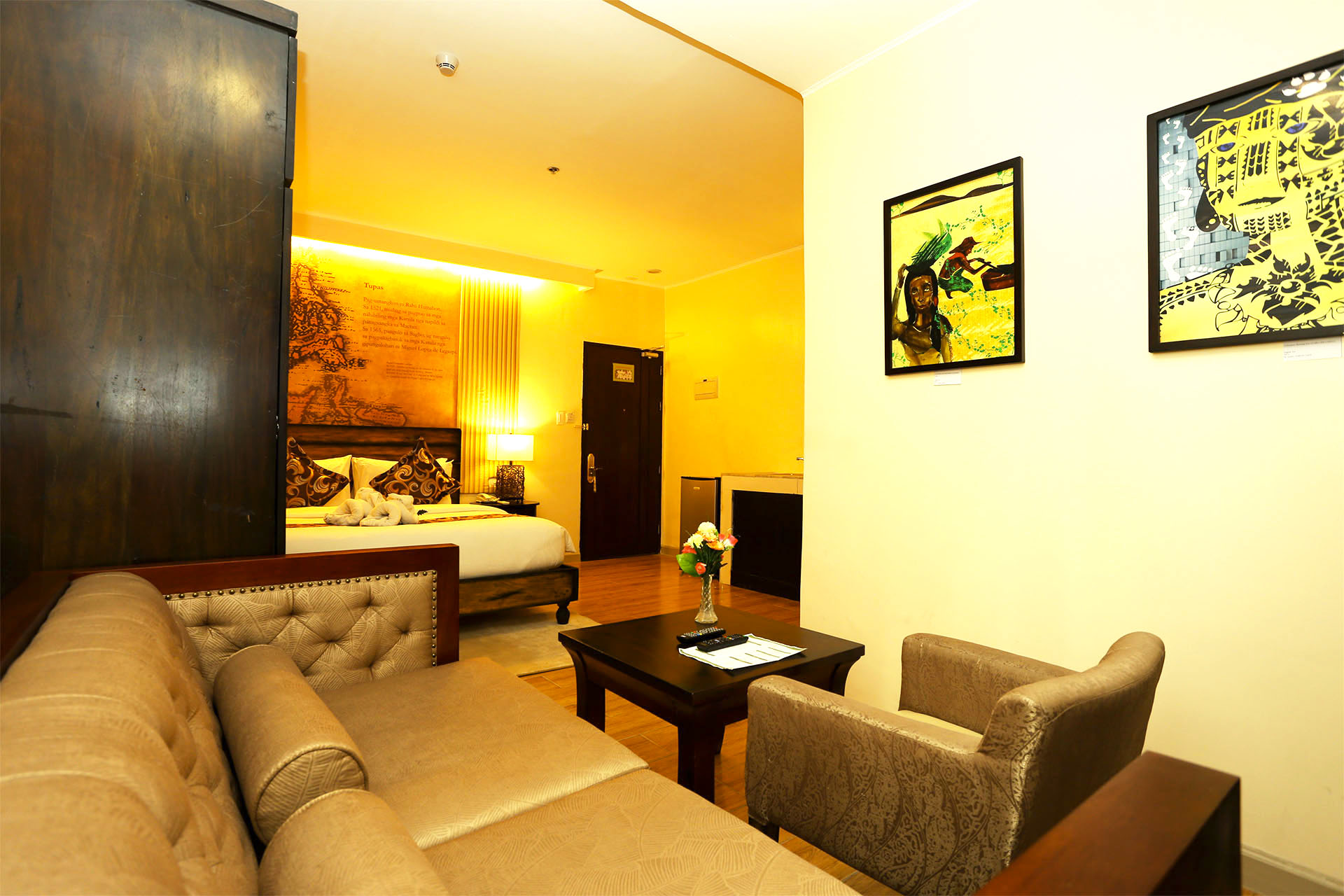 Deluxe Suite Palm Grass The Cebu Heritage Hotel